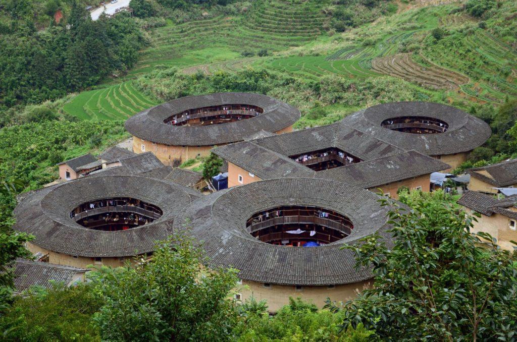 【福建土樓】世界第1奇樓,上天掉落的巨大甜甜圈建築!又被稱為「四菜一湯」! 中國 福建土樓Fujian Tulou 5 2
