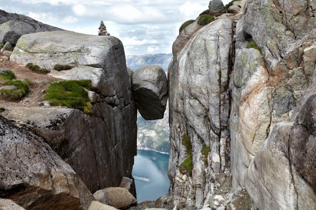 挪威奇緣,挪威旅遊絕不能錯過的10大景點 挪威 奇蹟岩