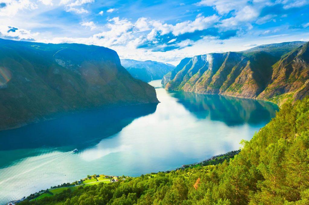 挪威奇緣,挪威旅遊絕不能錯過的10大景點 挪威 松恩峽灣