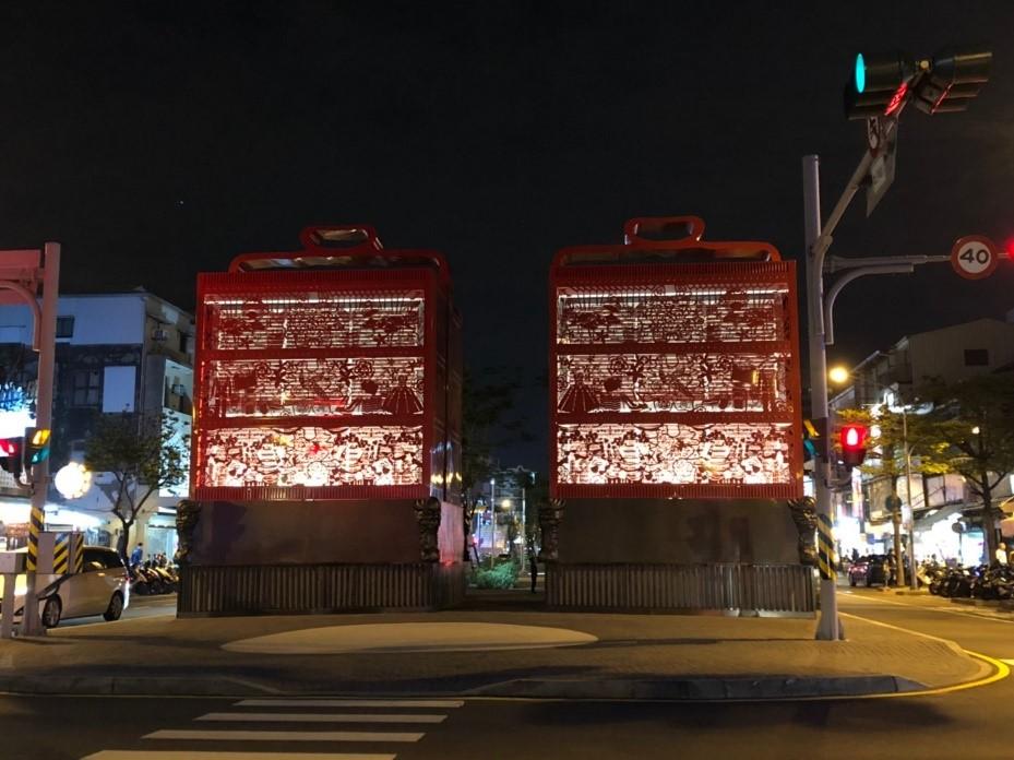 【台南】5大必吃美食&化身小文青的文創聚落! 高雄Kaohsiung 海安路街道美術館