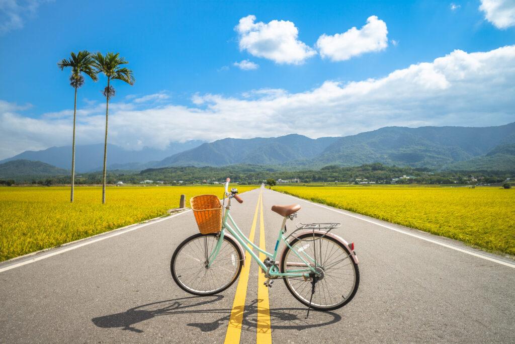 2021自行車旅遊年|盤點全台最美的5條自行車道 shutterstock 1535662232