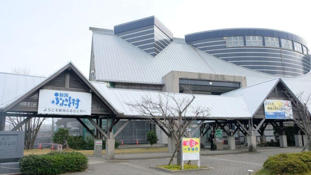 日本新潟 必玩10大景點,佐渡島吃喝玩樂全攻略! 日本新潟故鄉村 1