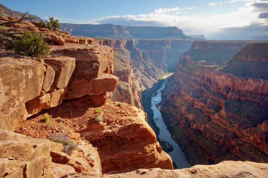 美國|洛杉磯、舊金山、夏威夷度假勝地、美景世界級的國家公園.美西必訪的10大景點 美國 亞利桑那州 大峽谷國家公園 shutterstock 97706066 1